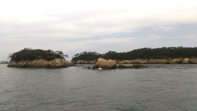松島海岸を遊覧しました